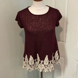 Maroon red cream lace hem T-shirt top blouse